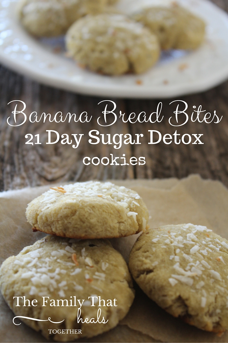 Banana Bread Bites: Cookies you can eat while on the 21 Day Sugar Detox! Super simple with only five ingredients!